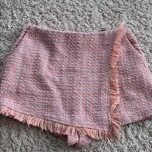 Pink knitted shorts/skirt